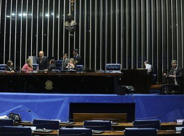 Reforma Trabalhista: Sessão é suspensa em meio à tensão; luzes são apagadas no plenário