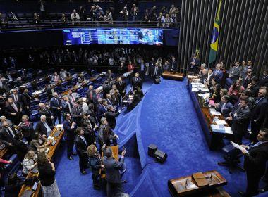 Após confusão no plenário, Senado aprova texto principal da Reforma Trabalhista
