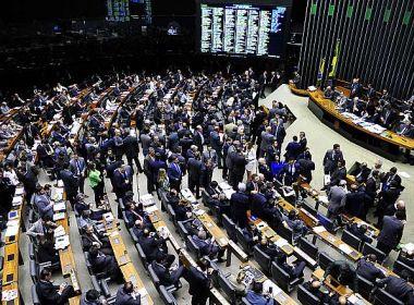 Governo quer votação sobre denúncia contra Temer para agosto