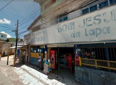 Dupla é atingida por disparo de arma de fogo em Tancredo Neves; homem morre
