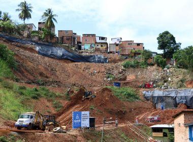 Após deslizamento, prefeitura estima 15 dias para retorno de moradores a Barro Branco