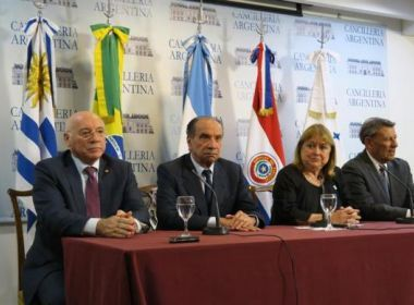Mercosul: Brasil vai propor suspensão definitiva da Venezuela, diz ministro