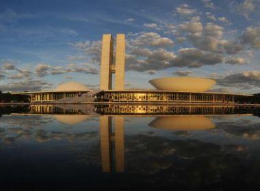 Após votação da denúncia, governo decide retirar cargos de 40 deputados 'infiéis'