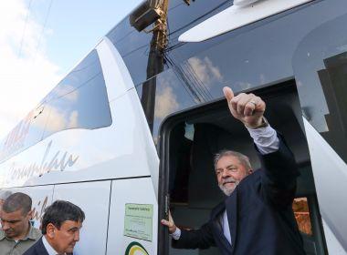 Oposição transforma Lula em 'vítima' e ex-presidente ainda arrasta multidões