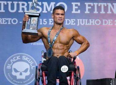 'A cadeira de rodas não me limita, ela me leva onde quero', diz fisiculturista feirense