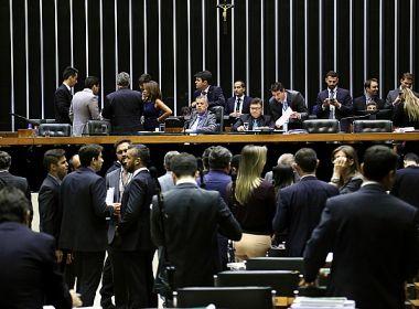 Câmara recua e permite formação de coligações para eleições de 2018