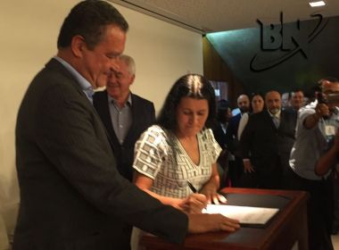 Jusmari Oliveira toma posse na Sedur em meio a críticas por nomeação