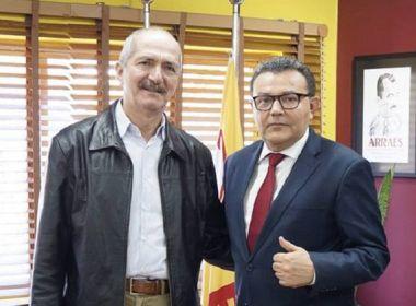 Após 40 anos, Aldo Rebelo deixa o PCdoB e assina filiação do PSB