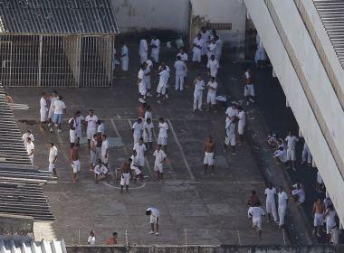 Separados na prisão, Geddel, Funaro e Saud trocam provocações em banho de sol
