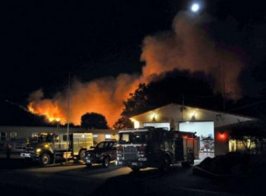 Número de mortos devido a incêndios na Califórnia sobe para 21
