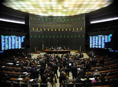 Publicação obrigatória de preços de serviços públicos é aprovada pela Câmara