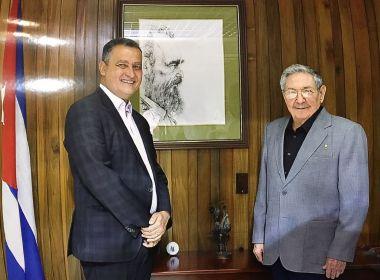 Em missão oficial, Rui se encontra com presidente de Cuba, Raul Castro