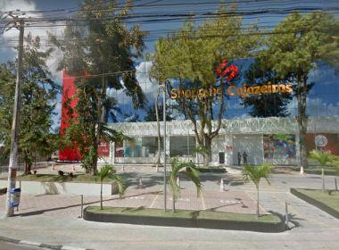 Cinco homens rendem vigilantes e saqueiam lojas do Shopping Cajazeiras