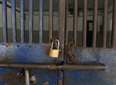 Dois detentos fogem de presídio em Salvador; sindicato critica conservação de unidade