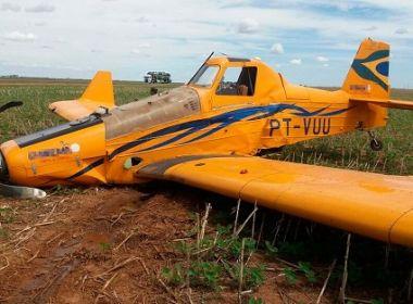 São Desidério: Avião faz pouso forçado em plantação; piloto fica ferido