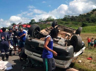 Passé: Van que capotou na BR-324 levava funcionários do Ifba; uma morreu