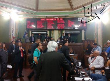 Sem votos para aprovar projeto de reajuste do IPTU, base de ACM Neto adia votação