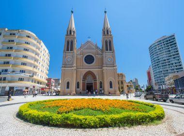 Conheça Curitiba sem carro