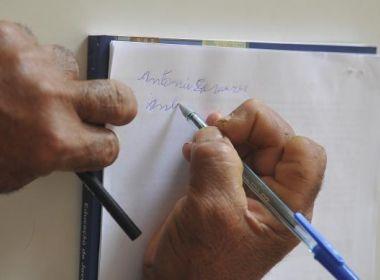 Analfabetos no Brasil chegam a 11,8 milhões; taxa entre pretos dobra em relação a brancos