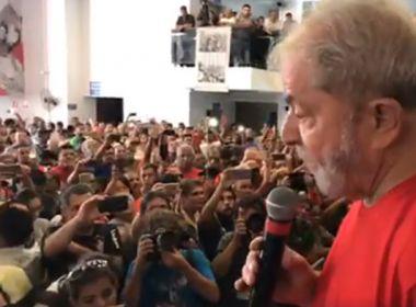 Lula acompanha julgamento no Sindicato dos Metalúrgicos, em São Bernardo do Campo