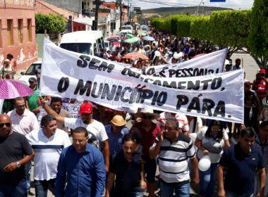 MORADORES PROTESTAM CONTRA A CÂMARA DE JAGUARARY