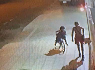 Homem é preso após assaltar pastelaria e ser roubado em seguida