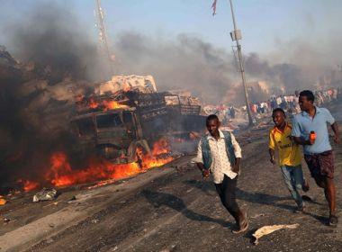 Número de mortos em atentado na Somália sobe para 35