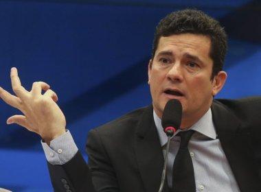 JUIZ SERGIO MORO TENTA SUFOCAR LULA