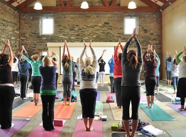 Versão evangélica da yoga se propaga nos EUA