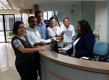 Médicos protocolam carta contra postura do Cremeb: 'Não pode abraçar manifestações'