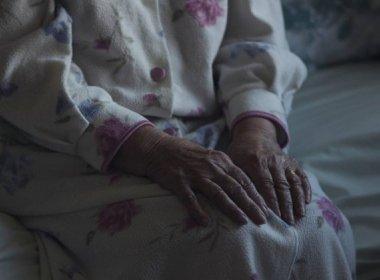 Nova droga poderá ser capaz de eliminar placas no cérebro que causam Alzheimer