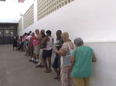 Salvador já registra fila em primeiro dia de vacinação contra gripe para público-alvo