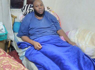 Hospital coloca prótese infectada e paciente deixa de andar: 'Meu filho corre risco de vida'
