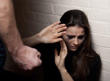 Registro de violência contra mulher em prontuário médico é aprovado na Câmara