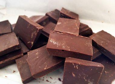 Estudo aponta que chocolate meio amargo melhora o sono e saúde cerebral