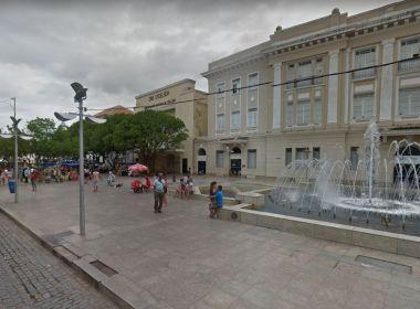 Prefeitura oferece atendimento odontológico gratuito na Praça da Sé