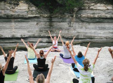 Prática de yoga preserva área cerebral associada à memória