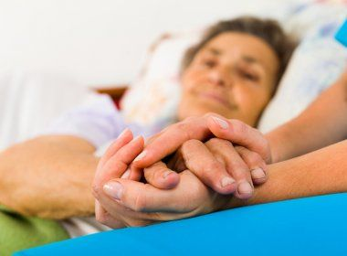 Ministério da Saúde abre consulta pública sobre política de cuidados para idosos