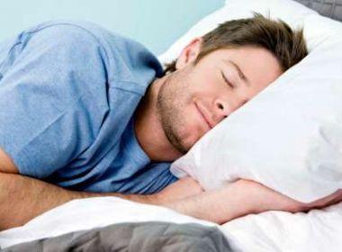 Quem dorme mais come menos açúcar, diz pesquisa
