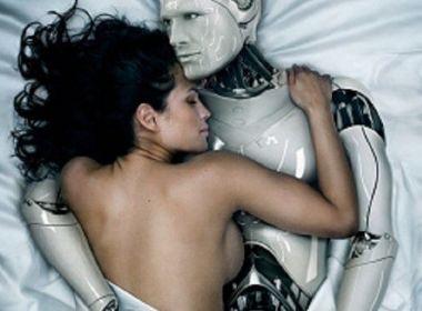 Metade dos norte-americanos acredita que sexo com robôs será comum em 50 anos