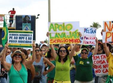 Protesto no Farol