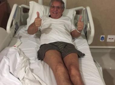Após amnésia e internação, Carlos Alberto de Nóbrega tranquiliza fãs: 'Só foi um susto'