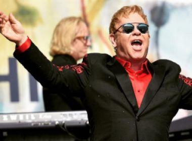 Sucessos de Elton John ganham clipes após concurso entre produtores; confira
