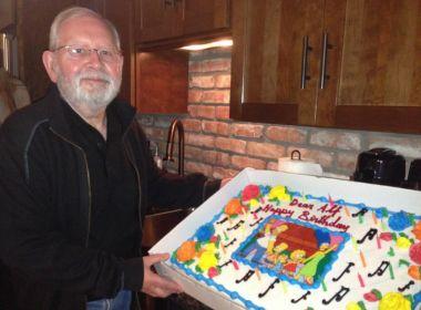 Compositor musical de 'Os Simpsons' é demitido após 27 anos à frente do programa