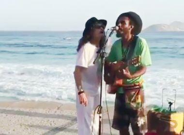 Steven Tyler surpreende ao cantar com músico de rua no Rio de Janeiro; veja vídeo