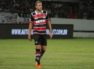 Bahia segue negociação para contratar o volante Uillian Correia