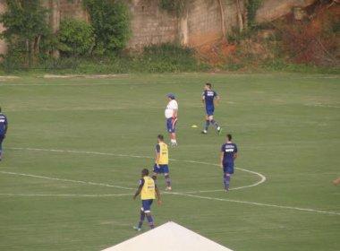 No Fazendão, Guto Ferreira comanda treino tático e esboça equipe do Bahia