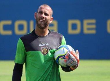 Goleiro Rafael Santos chega à Salvador para assinar com o Bahia nesta quinta