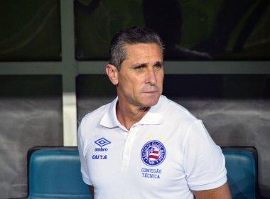 Satisfeito, Jorginho destaca consistência e parabeniza Guto Ferreira: 'Equipe organizada'