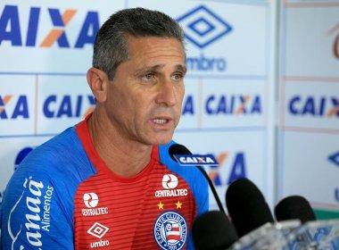 Após triunfo sobre o Atlético-MG, Jorginho destaca aplicação tática: 'Muito feliz'